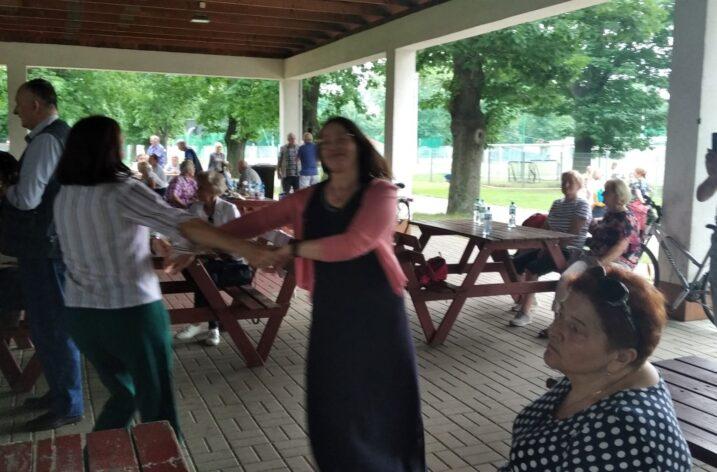 Klub Senior+ na Malinowej na pikniku rekreacyjnym